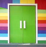 Färgrik dörr. Arkivfoto
