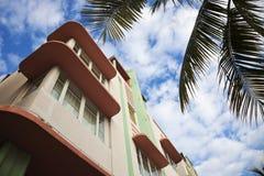 färgrik deco miami för arkitekturkonststrand Arkivfoto