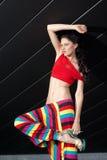 färgrik dräkt för modemodell Arkivbild