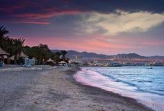 färgrik eilatisrael solnedgång Arkivbilder
