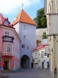 färgrik europeisk gata Royaltyfri Fotografi