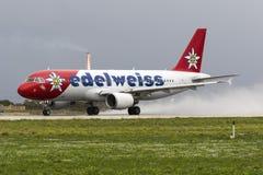 Färgrik A320 för avvikelse Arkivbild