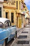 färgrik facadeshavana oldtimer Arkivfoton
