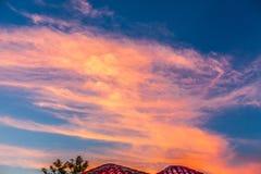 Färgrik fantastisk solnedgång över Puerto Plata, Dominikanska republiken Arkivfoton