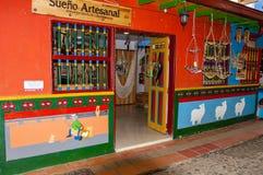 Färgrik fasad i Guatape royaltyfria foton