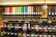 Färgrik godis i massa Arkivbilder