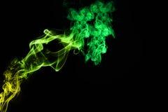 Färgrik grönaktig rök Fotografering för Bildbyråer