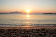 Färgrik gryning över havet paradis för natur för sammansättningsdesignelement Royaltyfria Bilder