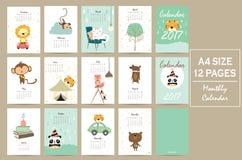 Färgrik gullig månatlig kalender 2017 med lejonet, tiger, panda, träd a Royaltyfri Foto