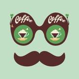 Färgrik hipstertappningsolglasögon med doftande kaffe Arkivbild