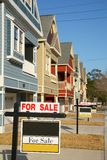 färgrik husförsäljning Royaltyfri Bild