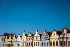 Färgrik husinTelc royaltyfria bilder