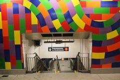 Färgrik ingång på 59 St - Columbus Circle Subway Station i New York Fotografering för Bildbyråer