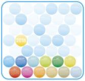Färgrik kalender för året 2018 Veckastarter på Sund Arkivbild