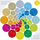 Färgrik kalender för 2018 i spanjor Veckan startar om måndag Royaltyfria Foton