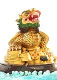 Färgrik kinesisk drake på vit bakgrund Arkivfoto