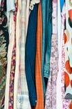 Färgrik kläder Arkivbild
