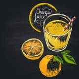 Färgrik krita målade illustrationen av fullt exponeringsglas med orange fruktsaft Royaltyfria Foton