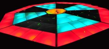 färgrik lighting för dansdiskogolv Royaltyfria Foton
