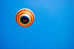 färgrik luftballon Royaltyfria Bilder