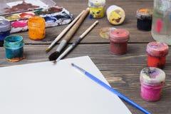Färgrik målarfärg, gouache, vattenfärg Fotografering för Bildbyråer