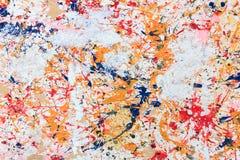 Färgrik målarfärg på wood bakgrund Royaltyfri Fotografi