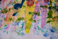 Färgrik målarfärg, rött vax, abstrakt bakgrund för vattenfärg Royaltyfria Foton