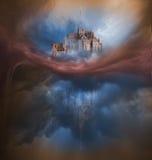 Färgrik molnvariation med Mont Saint Michel Arkivbilder