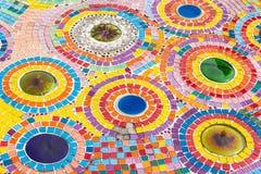 Färgrik mosaik och tegelplattor som bakgrund Arkivfoton