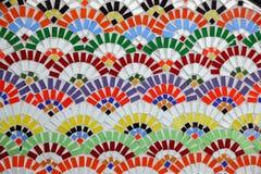 färgrik mosaikvägg Arkivfoton