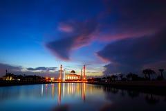 färgrik moské Arkivbild