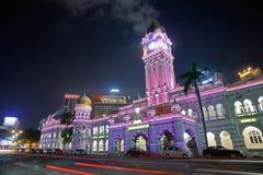 färgrik natt för stad arkivbilder