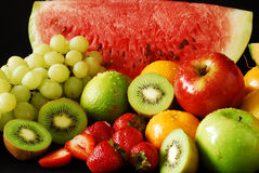 färgrik ny fruktgrupp Arkivfoton