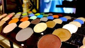 Färgrik palett för ögonskuggor Makeupbakgrund fotografering för bildbyråer
