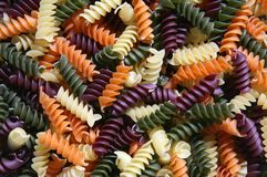 Färgrik pasta royaltyfri bild