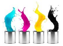 Färgrik rad för färgstänk för CMYK-färgdos arkivfoto