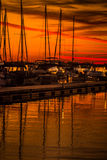 Färgrik sjö Norman Sunset royaltyfri foto