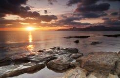 Färgrik solig seascape Arkivfoton