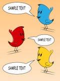 Färgrik tecknad filmfågelillustration med anförandebubblor stock illustrationer
