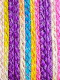 Färgrik textur av vävvassen handcraft Arkivfoton