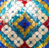 Färgrik textur på Wat Phra Kaew Arkivbild