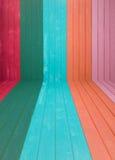 Färgrik träväggbakgrund Arkivfoto