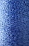 Färgrik tråd arkivbilder