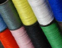 färgrik tråd för bakgrund Royaltyfri Fotografi