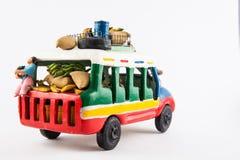Färgrik traditionell lantlig buss från Colombia fotografering för bildbyråer