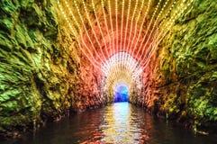 Färgrik underjordisk tunnel Arkivbilder