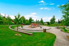 Färgrik ungelekplats för fritid och rekreationaktivitet Fotografering för Bildbyråer