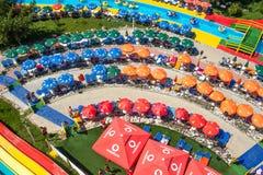 Färgrika Aqua Park, Mamaia, Rumänien Royaltyfri Fotografi