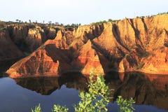 färgrika berg Royaltyfri Foto