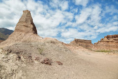 Färgrika berg av Quebrada de las Conchas, Argentina Royaltyfri Foto